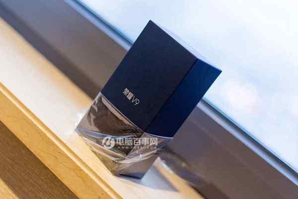 荣耀V9深蓝色包装盒