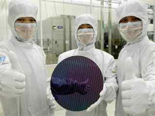 Intel的10nm将要用到2020年 而三星台积电7nm狂超