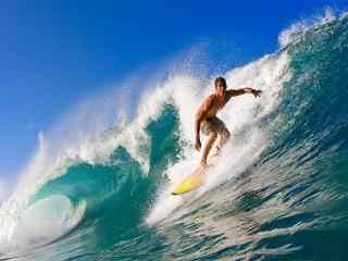 海上冲浪壁纸 高清冲浪摄影壁纸 冲浪图片