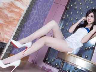 性感美女壁纸 美女美腿桌面壁纸 美女图片
