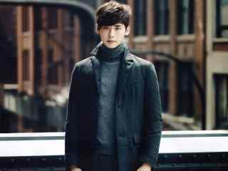 韩国明星李钟硕图片 小鲜肉李钟硕桌面壁纸下载 李钟硕美照图片
