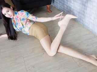 台湾美女腿模高清壁纸 台湾性感女模特图片 台湾美女图片