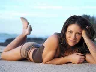 夏日沙滩性感美女壁纸  沙滩美女写真图片 沙滩美女桌面下载