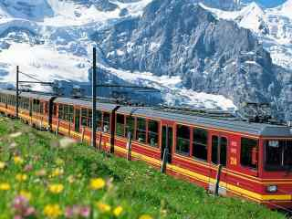 绝美的火车风景_火车旅途风景_火车摄影图片壁纸