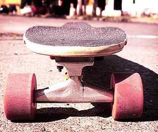 滑板_滑板运动_滑板少年桌面壁纸_滑板女孩桌面壁纸_滑板运动手机壁纸