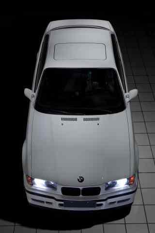 白色宝马E36车型手机壁纸