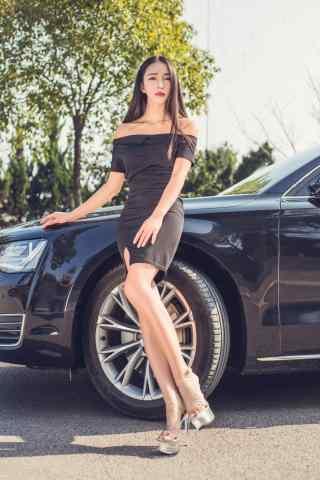 性感知性美女车模