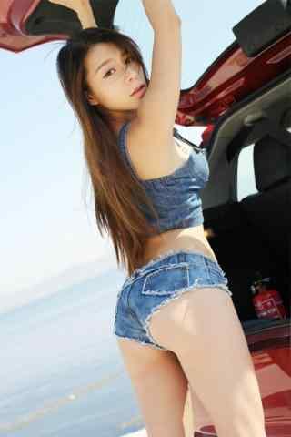 大胸(xiong)泳裝(zhuang)美女(nv)車模手機壁紙