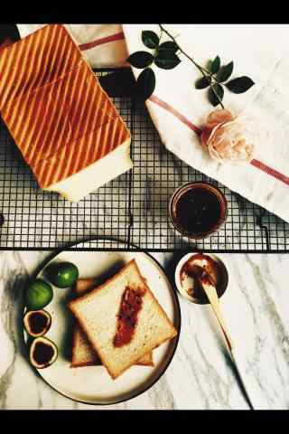 切片烤面包特色早餐摆拍图片手机壁纸