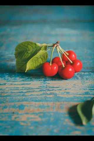 鲜艳欲滴的红樱桃摄影图片手机壁纸
