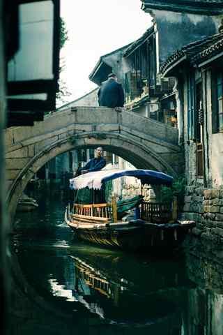 江南水乡苏州周庄的古桥手机壁纸