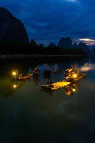 桂林的漓江渔火风景手机壁纸