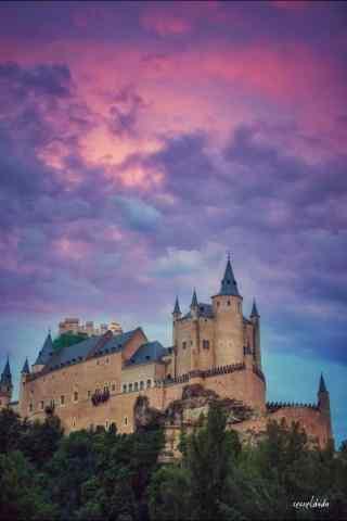 西班牙塞哥维亚阿尔卡萨尔城堡手机壁纸