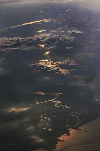 在飞机上看风景手机壁纸