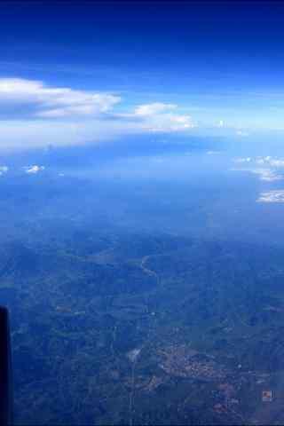 从飞机上俯瞰青山绿水大好河山手机壁纸