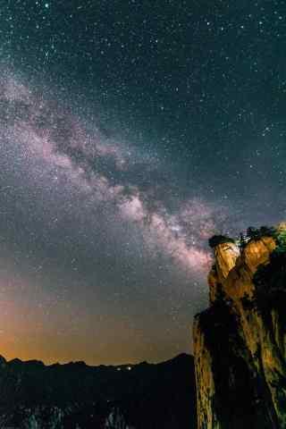 美丽华山夜景绚烂星空手机壁纸