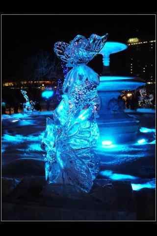哈尔滨冰雕展之美丽的蝴蝶冰雕手机壁纸