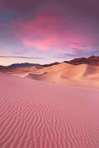 唯美的粉色沙漠手机风景壁纸