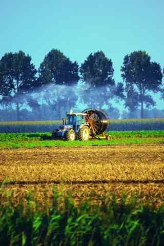 美丽的农场收获风景图片手机壁纸