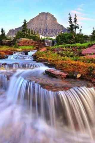 唯美的瀑布风景手机壁纸