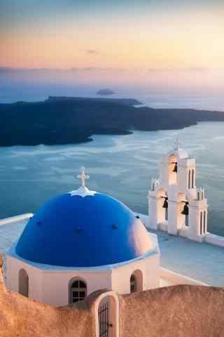 圣托里尼蓝色教堂图片高清手机壁纸
