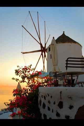 圣托里尼经典风车建筑风景图片手机壁纸