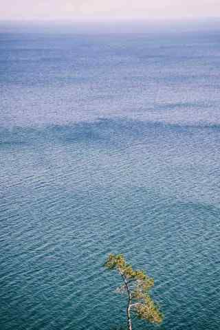 贝加尔湖唯美湖水图片手机壁纸