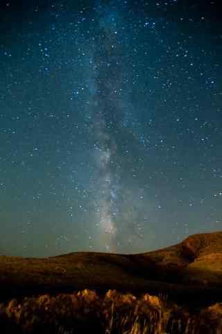 宁夏沙漠上美丽星空图片手机壁纸