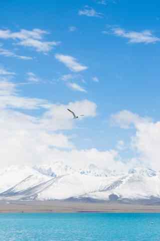 西藏纳木错雪山湖水风景图片手机壁纸