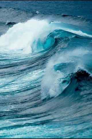 波涛汹涌的海浪风景手机壁纸