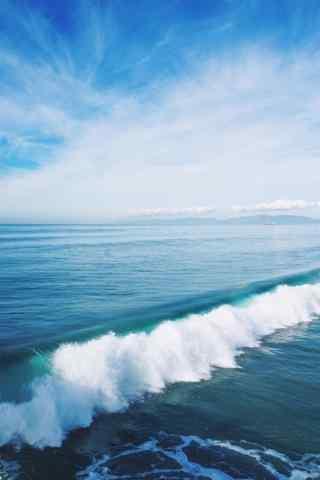 蔚蓝的海浪图片手机壁纸