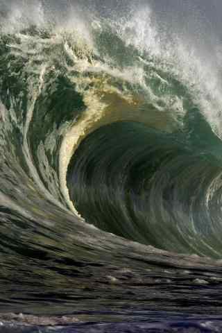 壮观的海浪图片手机壁纸