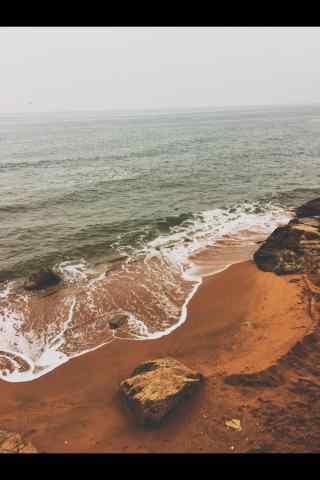 北戴河海面上浪花