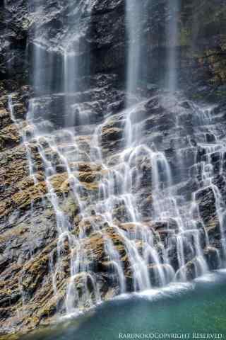 好看的庐山瀑布手机壁纸