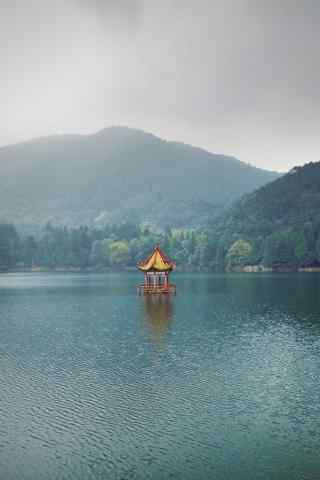 日系好看的庐山如琴湖手机壁纸