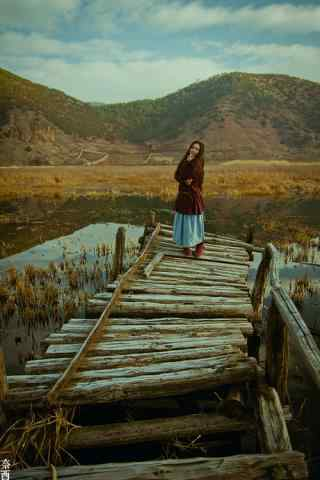 泸沽湖之文艺美女