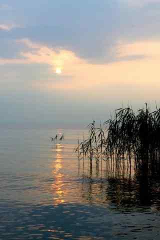 唯美的太湖黄昏风景手机壁纸