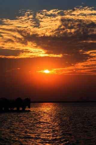 苏州太湖黄昏风景手机壁纸