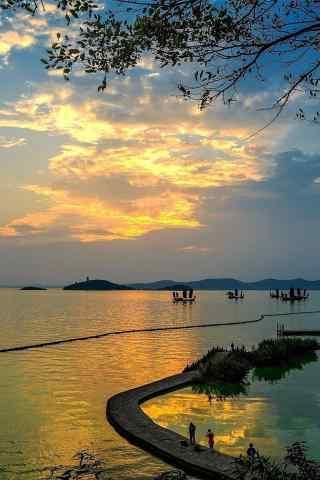太湖唯美黄昏风景手机壁纸