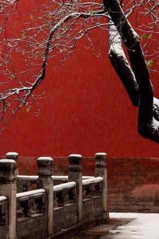 北京故宫红墙之内的雪景手机壁纸