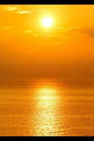 唯美阳光下的水面风景手机壁纸