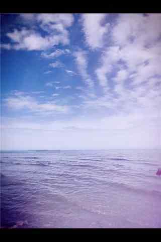 唯美蓝天下的青海湖风景手机壁纸