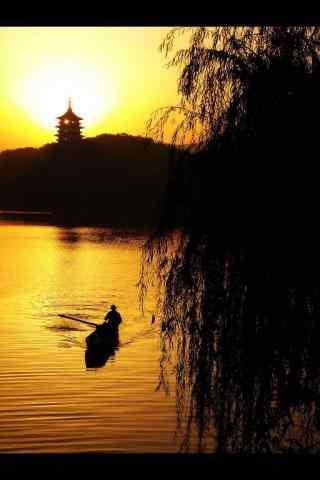 美丽的西湖夕阳风