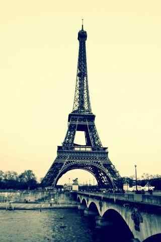 法国建筑埃菲尔铁