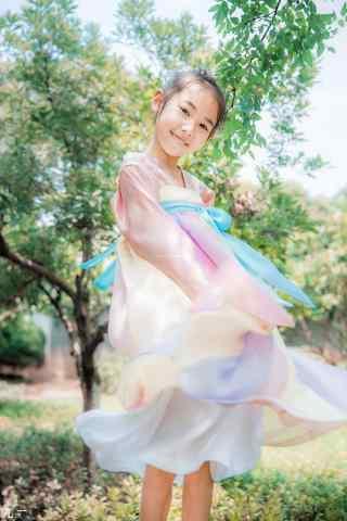 儿童节之可爱汉服小美女手机壁纸