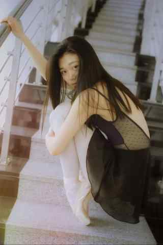 清纯芭蕾舞美女性感写真图片壁纸