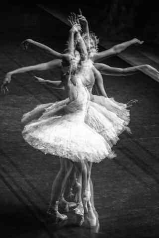 芭蕾舞美女文艺摄