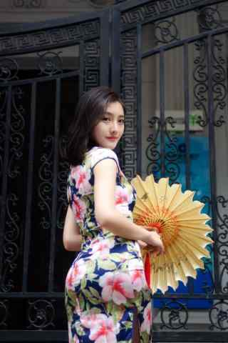 旗袍美女性感文艺写真手机壁纸(4张)