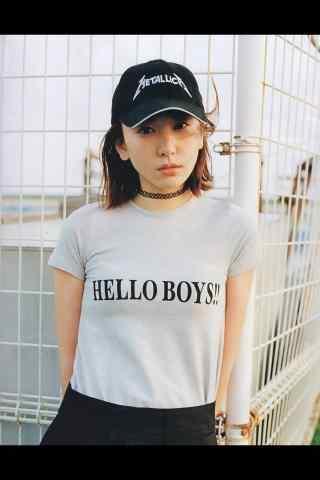 日本美女新垣结衣棒球帽活力写真图片手机壁纸