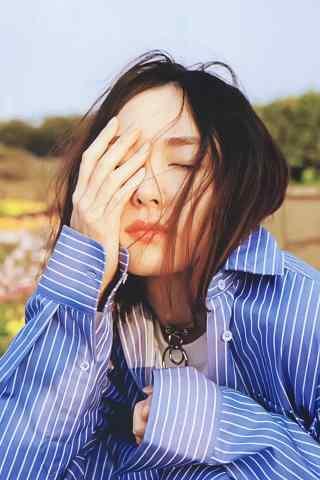 日本美女新垣结衣唯美衬衣写真图片手机壁纸